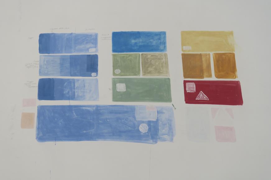 L'artiste qui peindra les fresques est déjà venu à Paris tester son nuancier de couleurs sur les murs. Il travaille (a priori, à vérifier!) a fresco, c'est-à-dire qu'il peint sur le plâtre sec en utilisant un agent de liaison (œuf ou autre).
